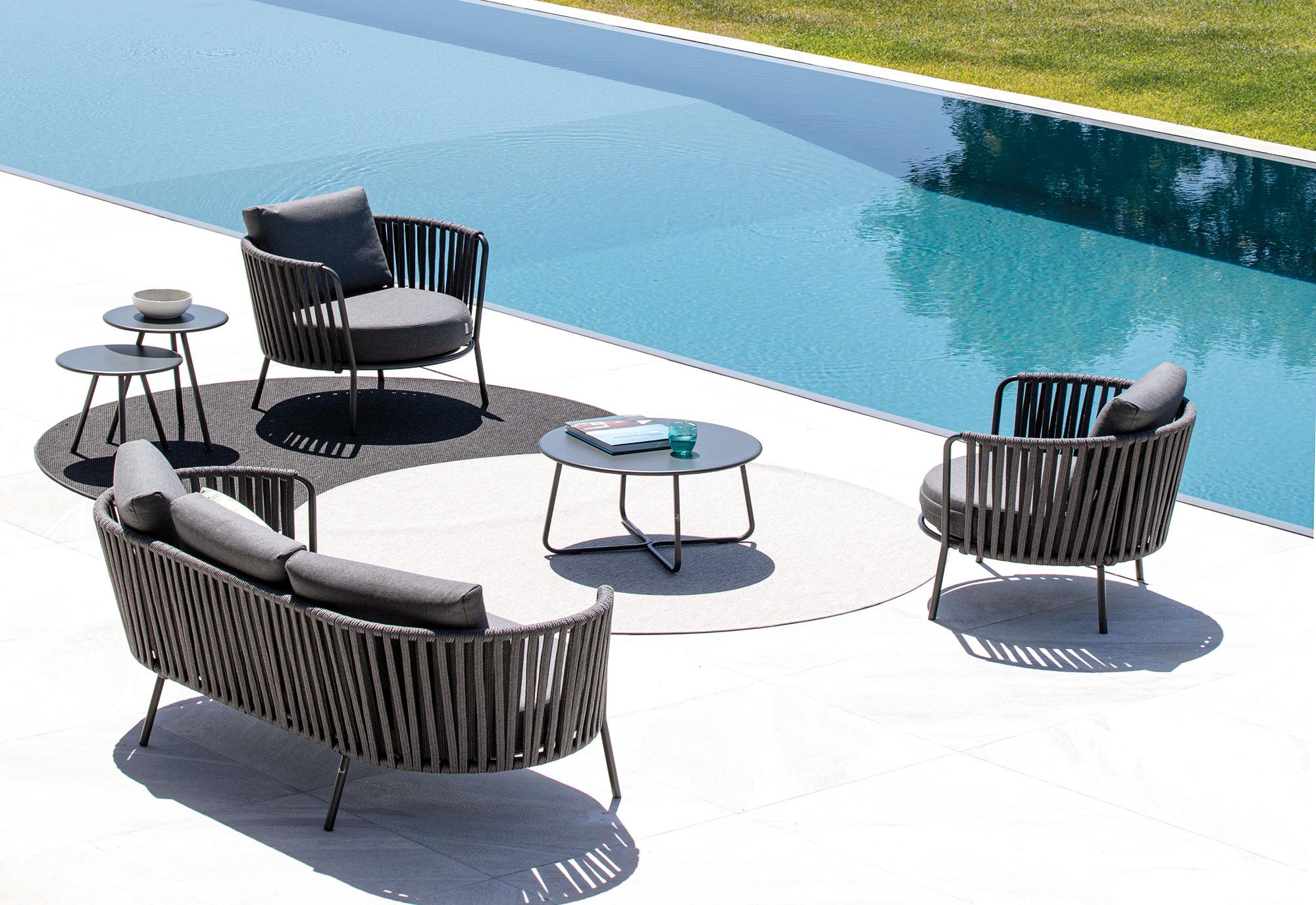 Stunning mobili da giardino on line pictures for Arredo giardino on line offerte